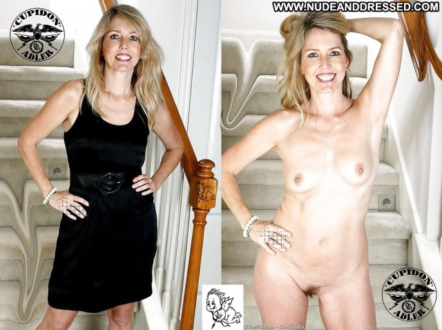 Kiki Private Pics Mature Amateur Milf Dressed And Undressed