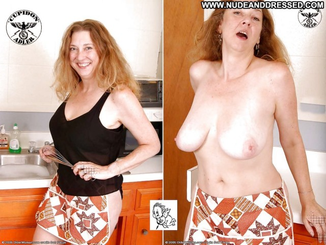 Phylicia Private Pics Mature Milf Dressed And Undressed Amateur