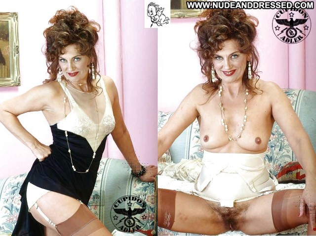 Penelope Private Pics Milf Dressed And Undressed Mature Amateur