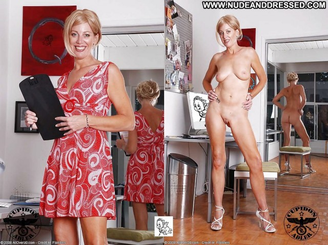 Penelope Private Pics Amateur Milf Dressed And Undressed Mature