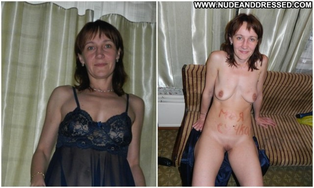 Iola Amateur Porn Dressed And Undressed Stolen Private Pics