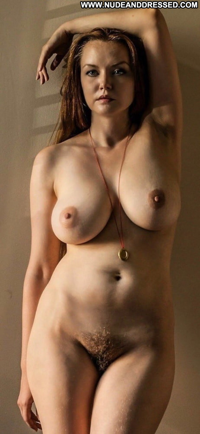 Malka Amateur Stolen Private Pics Porn Dressed And Undressed